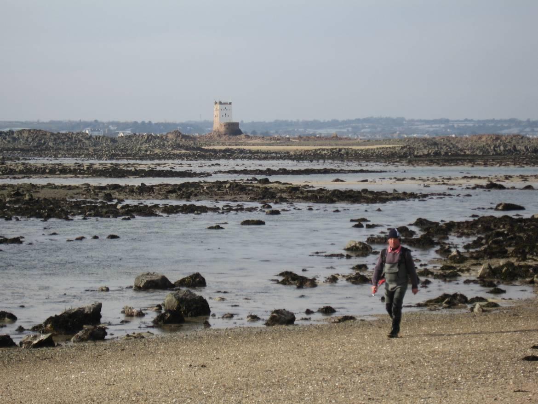 Far-beyond-Seymour-tower-on-a-big-low-tide.jpg